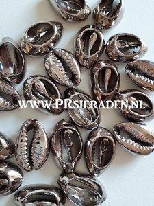Cowrie schelp electroplated platina