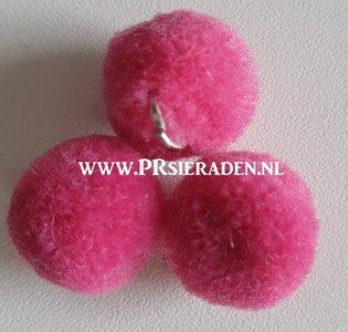 Fuchsia pompom
