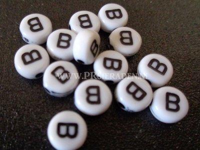 letter B  acryl kralen