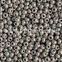 Grijze-sfinx--Preciosa-seed-beads