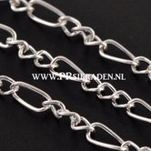 Zilverkleurige-ketting