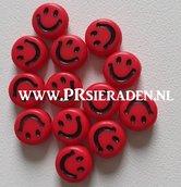 Rode-smile-kralen