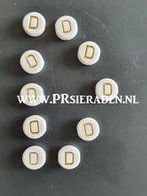letter-D-acryl-kralen